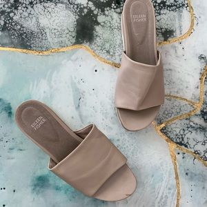Eileen Fisher Scout leather sandals